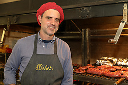 Roberto Majo de Oliveira, sócio-proprietário do restaurante Fazenda Barbanegra, localizado no bairro Mont'Serrat, em Porto Alegre/RS. Foto: Marcos Nagelstein/ Agência Preview