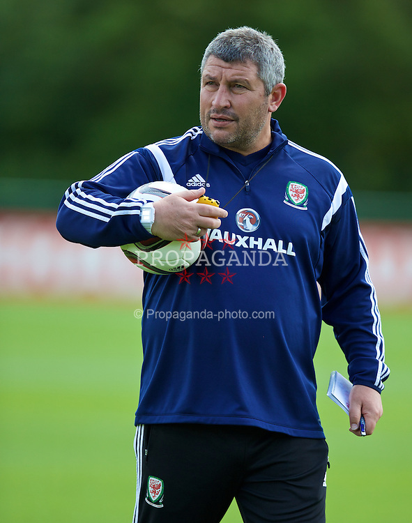 CARDIFF, WALES - Tuesday, June 9, 2015: Wales' assistant manager Osian Roberts during a training session at the Vale of Glamorgan ahead of the UEFA Euro 2016 Qualifying Round Group B match against Belgium. (Pic by David Rawcliffe/Propaganda)