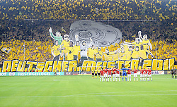 14.05.2011, Signal Iduna Park, Dortmund, GER, 1.FBL, Borussia Dortmund vs Eintracht Frankfurt, im Bild die Gelbe Wand vor dem Spiel //  during the German 1.Liga Football Match,  Borussia Dortmund vs Eintracht Frankfurt, at the Signal Iduna Park, Dortmund, 14/05/2011 . EXPA Pictures © 2011, PhotoCredit: EXPA/ nph/  Conny Kurth       ****** out of GER / SWE / CRO  / BEL ******