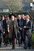 Koningin Maxima bezoekt de zorginstelling Avoord Zorg en Wonen in Etten-Leur. Zij deed dit in het kader van de Nationale Week van Zorg en Welzijn. /////  Queen Maxima visits the health care Avoord Care and Living in Etten-Leur. They did this in the context of the National Week of Health and Welfare.<br /> <br /> Op de foto/ On the photo:  Koning Maxima loopt over het terrein van de zorginstelling / King Maxima walks through the grounds of the healthcare facility