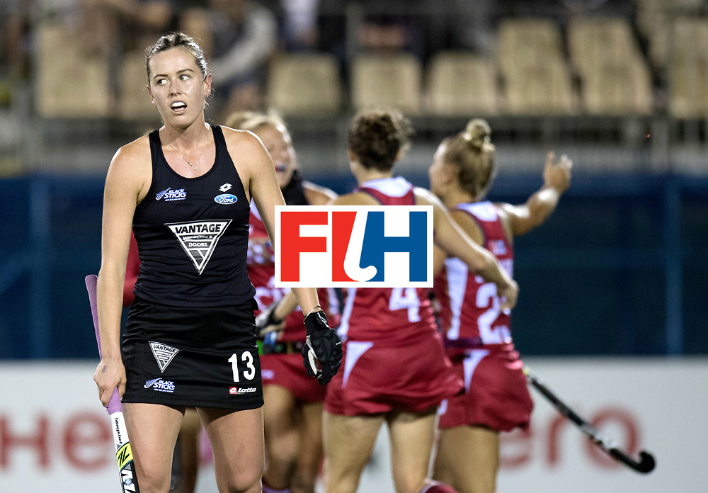 AUCKLAND - Sentinel Hockey World League final women<br /> Match id: 10300<br /> 10 New Zealand v USA<br /> Foto: 0-1 celebration USA and disappointing face by Samantha Charlton (C) <br /> WORLDSPORTPICS COPYRIGHT FRANK UIJLENBROEK