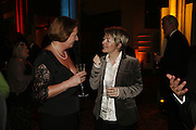 URSULA MACKENZIE AND SARAH WATERS, Drinks Reception before the Man Booker Prize 2006. Guildhall, Gresham Street, London, EC2, 10 October 2006. -DO NOT ARCHIVE-© Copyright Photograph by Dafydd Jones 66 Stockwell Park Rd. London SW9 0DA Tel 020 7733 0108 www.dafjones.com