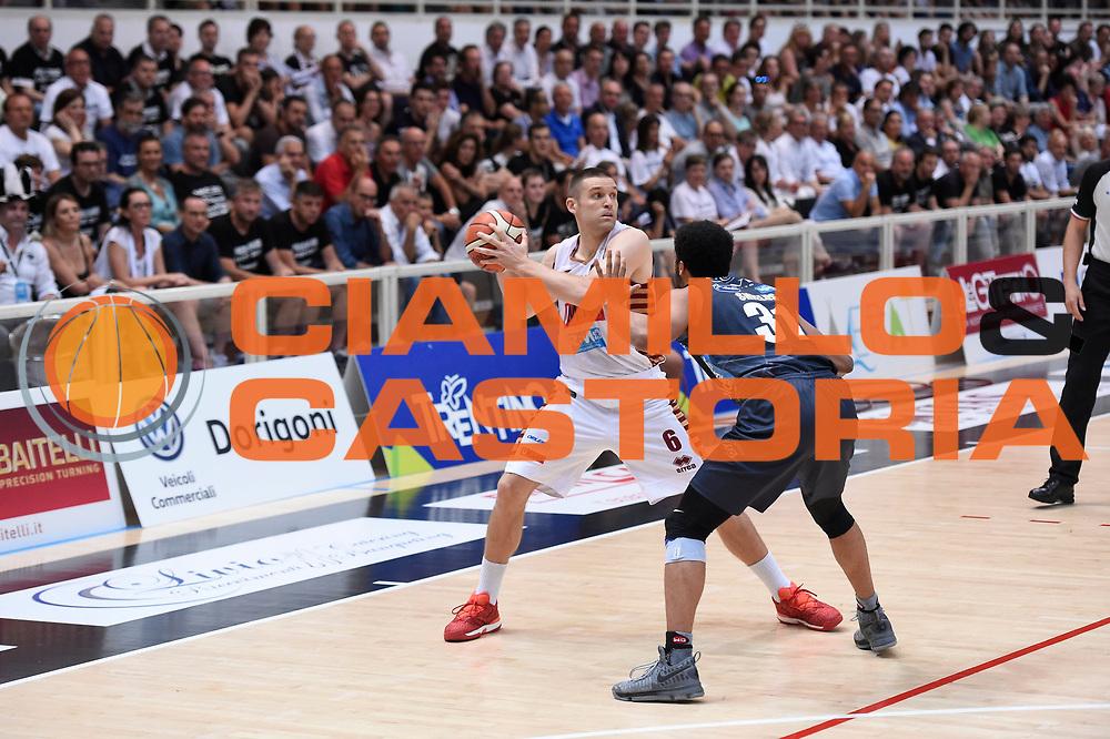 Michael Bramos<br /> Dolomiti Energia Aquila Basket Trento - Umana Reyer Venezia <br /> Lega Basket Serie A 2016/17 Finali Gara 04<br /> Trento, 16/06/2017<br /> Foto Ciamillo-Castoria
