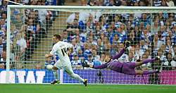 LONDON, ENGLAND - Saturday, May 30, 2011: Swansea City's Stephen Dobbie celebrates scoring the third goal against Reading during the Football League Championship Play-Off Final match at Wembley Stadium. (Photo by David Rawcliffe/Propaganda)