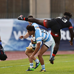 Santiago Carreras of Argentina and Gabriel Ibitoye of England during the World Championship U 20 match between England and Argentina on May 30, 2018 in Narbonne, France. (Photo by Alexandre Dimou/Icon Sport)