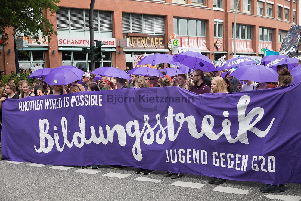 Hamburg, Germany - 07.07.2017<br /> <br /> No G20 school strike protest march in Hamburg.<br /> <br /> Anti G20 Bildungsstreik-Demonstration in Hamburg.<br /> <br /> Photo: Bjoern Kietzmann