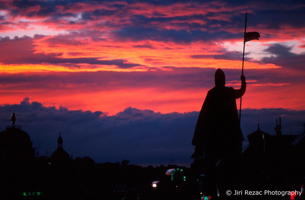 CZECH REPUBLIC PRAGUE JUL00 - Sunset on Wenceslas Square after a thunderstorm.. . jre/Photo by Jiri Rezac. . © Jiri Rezac 2000. . Tel:   +44 (0) 7050 110 417. Email: jiri@jirirezac.com. Web:   www.jirirezac.com