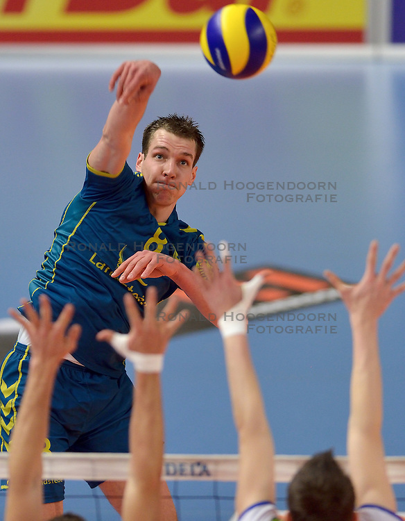 22-02-2015 NED: Bekerfinale Abiant Lycurgus - Landstede Volleybal, Zwolle<br /> Wouter ter Maat #8