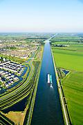 Nederland, Utrecht, Houten, 23-08-2016; duwbakvaart op Amsterdam-Rijnkanaal ter hoogte van Houten<br /> Barge navigation on the Amsterdam-Rhine Canal.<br /> <br /> aerial photo (additional fee required); <br /> luchtfoto (toeslag op standard tarieven);<br /> copyright foto/photo Siebe Swart