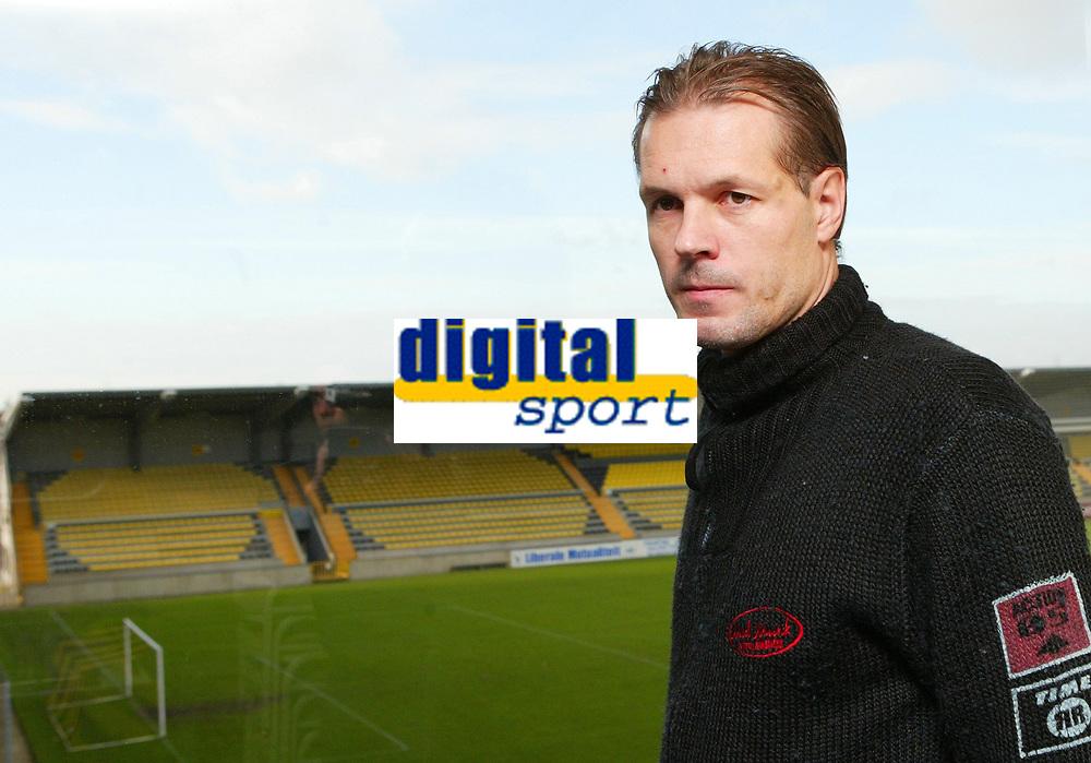 Fotball<br /> Belgia<br /> Foto: PhotoNews/Digitalsport<br /> NORWAY ONLY<br /> <br /> Kjetil Rekdal  22/11/2006 KJETIL REDKAL NIEUWE TRAINER SK LIERSE<br /> <br /> NOUVEL ENTRAINEUR SK LIERSE