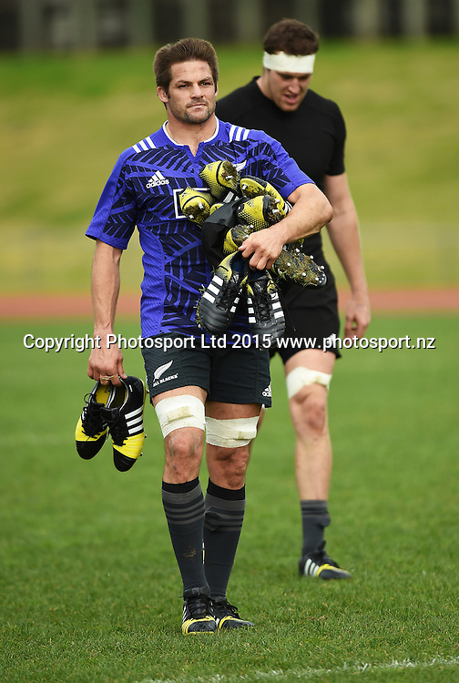 All Blacks captain Richie McCaw during a training session at Trusts Stadium ahead of the test match against Samoa next week. Auckland, New Zealand. Friday 3 July 2015. Copyright Photo: Andrew Cornaga / www.Photosport.nz