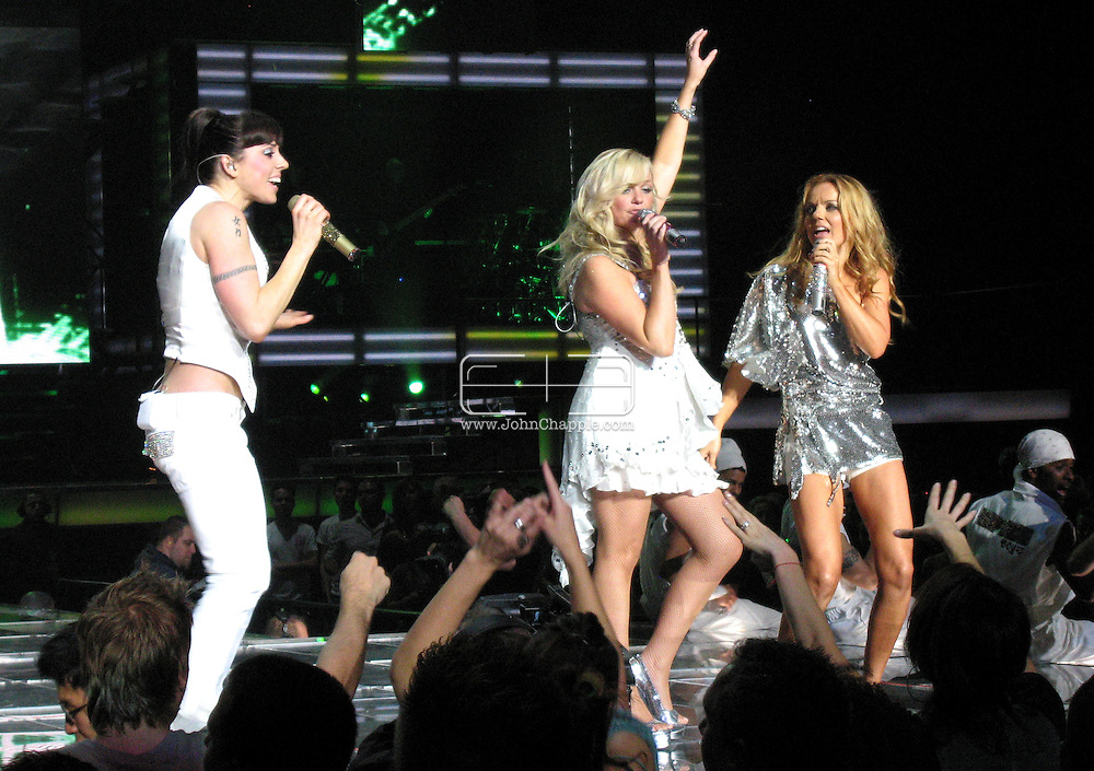 5th December 2007, Los Angeles, California. The Spice Girls preform at the Staples Center in Downtown Los Angeles, which is part of 'The Return Of The Spice Girls' world tour..PHOTO © JOHN CHAPPLE / REBEL IMAGES.john@chapple.biz   www.chapple.biz