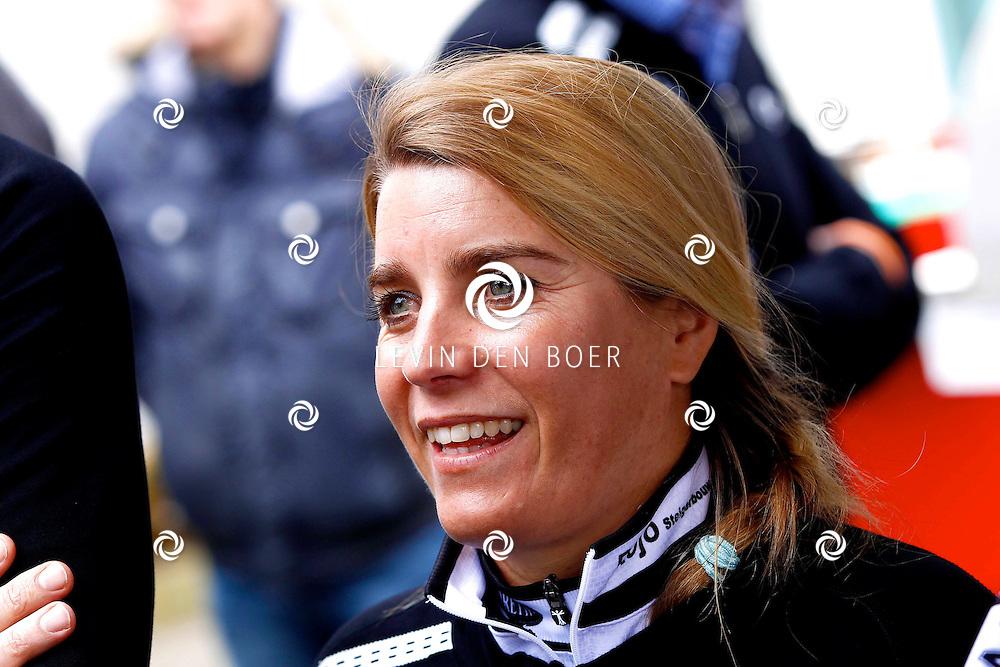 AMSTERDAM - Bij de hoofdsponsor Boretti is het nieuwe Sterrenfietsteam voor 2013 bekend gemaakt. Met op de foto  Nicolien Sauerbreij. FOTO LEVIN DEN BOER - PERSFOTO.NU
