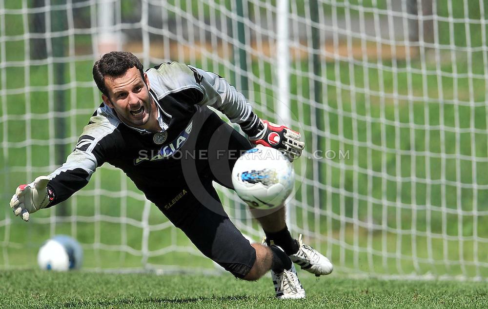 Arta Terme (UD), 27/07/2011.Campionato di calcio Serie A 2011/2012.Samir Handanovic..© foto di Simone Ferraro