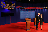 during the U.S. vice presidential Debate in St. Louis, Missouri, October 2, 2008.   REUTERS/Rick Wilking/Pool  (UNITED STATES)   US PRESIDENTIAL ELECTION CAMPAIGN 2008 (USA)