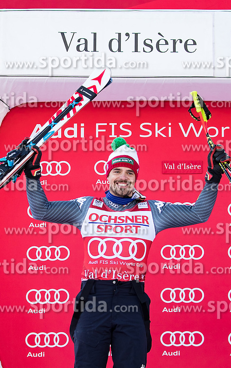 03.12.2016, Val d Isere, FRA, FIS Weltcup Ski Alpin, Val d Isere, Abfahrt, Herren, Siegerpräsentation, im Bild Peter Fill (ITA, 2. Platz) // second placed Peter Fill of Italy during the winner presentation for the men's downhill of the Val d Isere FIS Ski Alpine World Cup.. Val d'Isere, France on 2016/12/03. EXPA Pictures © 2016, PhotoCredit: EXPA/ Johann Groder