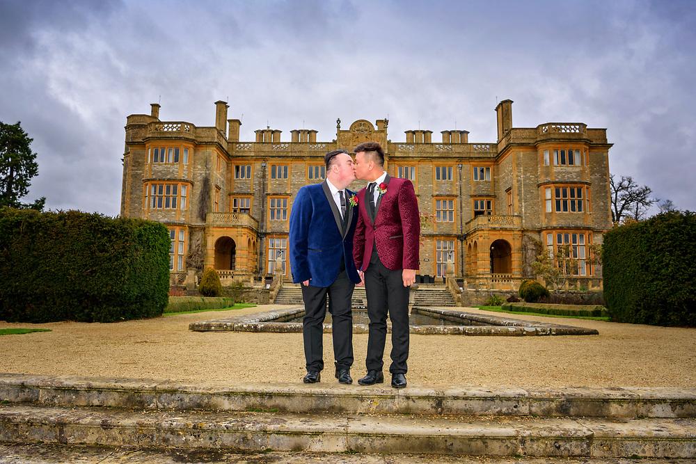 Winter Wedding at Eynsham Hall, Witney, Oxfordshire