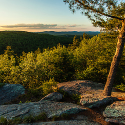 View from ledges near the fire tower on Pawtuckaway Mountain in Pawtuckaway State Park. Deerfield, New Hampshire.
