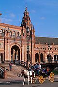 SPAIN, ANDALUSIA, SEVILLE Plaza de Espana carriage rides