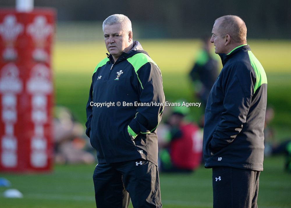 18.11.14 - Wales Rugby Training - Warren Gatland and Alan Phillips during training.<br /> <br /> &copy; Huw Evans Picture Agency