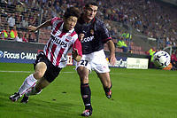 PSV - AS Monaco , 17-09-2003 , Champions league , Ji-Sung Park in duel met