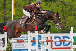 Hoorn Angelique (NED) - VDL Zapatero<br /> CSI2* Roosendaal 2012<br /> © Hippo Foto - Leanjo de Koster