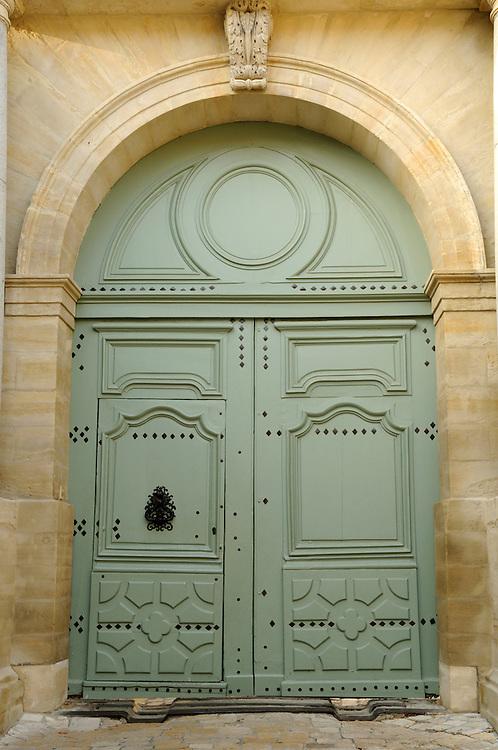 France, Languedoc Roussillon, Gard (30), Uzège, Uzès, le Duché, la porte d'entrée, monument historique