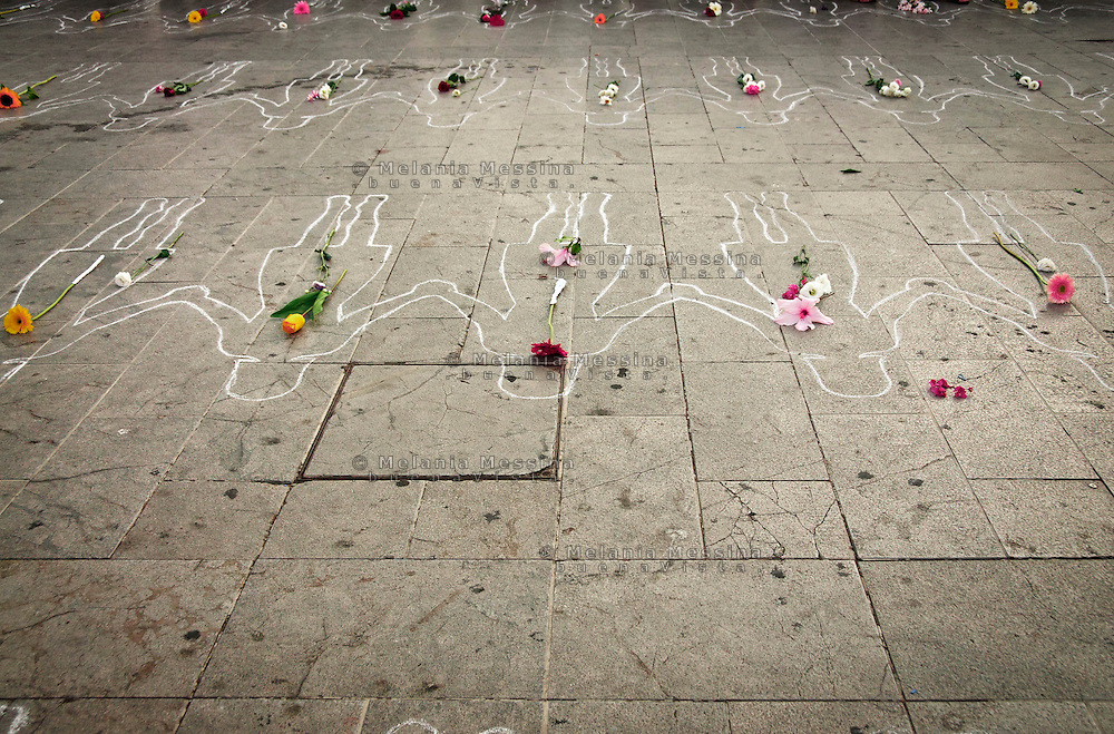 Palermo, Italy : homage to the women who died because of domestic violence.<br /> Palermo: omaggio alle vittime di femminicidio