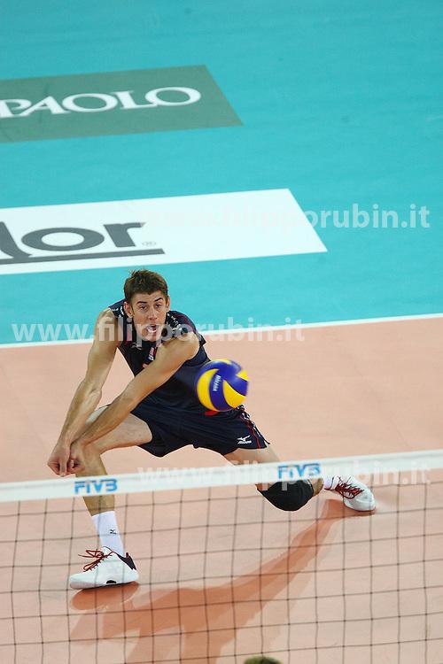 SEAN ROONEY IN RICEZIONE.USA - Francia.Volley 2010.Campionati mondiali pallavolo maschile 2010.Roma 04-10-2010.Foto Galbiati - Rubin