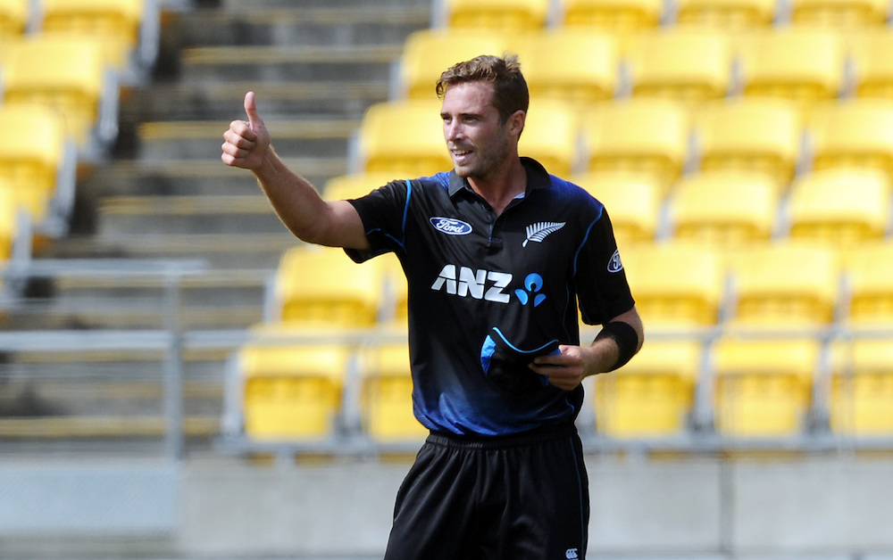 New Zealand's Tim Southee gives the thumbs up after dimissing Sri Lanka's Mahela Jayawardne for 14 in the 7th One Day International cricket match at Westpac Stadium, New Zealand, Sunday, January 29, 2015. Credit:SNPA / Ross Setford