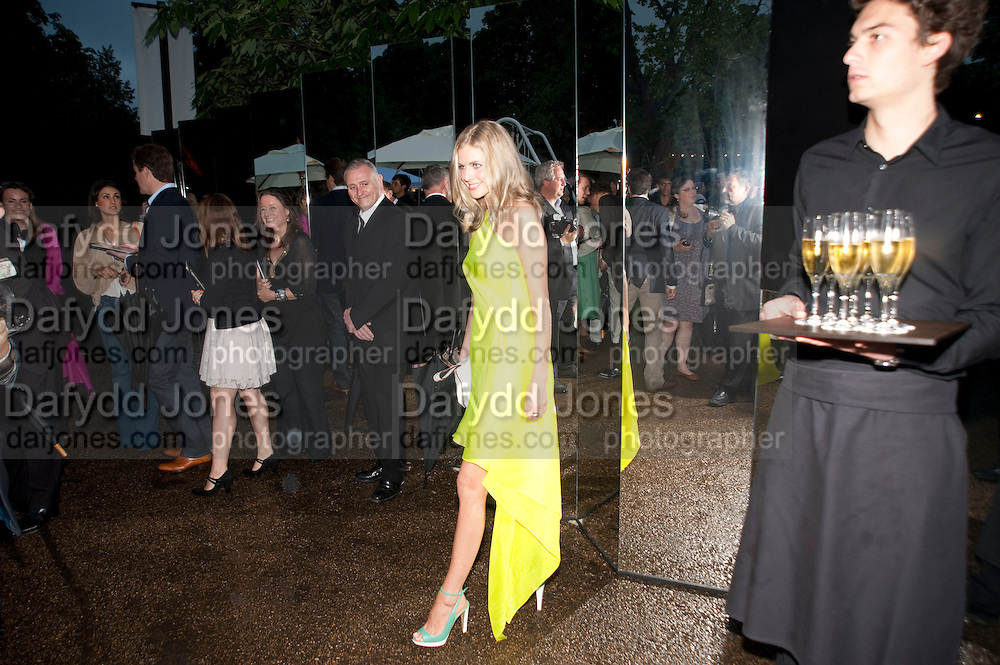 DONNA AIR, The Summer party 2011 co-hosted by Burberry. The Summer pavilion designed by Peter Zumthor. Serpentine Gallery. Kensington Gardens. London. 28 June 2011. <br /> <br />  , -DO NOT ARCHIVE-© Copyright Photograph by Dafydd Jones. 248 Clapham Rd. London SW9 0PZ. Tel 0207 820 0771. www.dafjones.com.