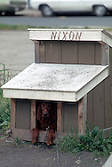 .Nixon in the dog house in Bethesda Maryland in May 1973...Photo by Dennis Brack  B 10