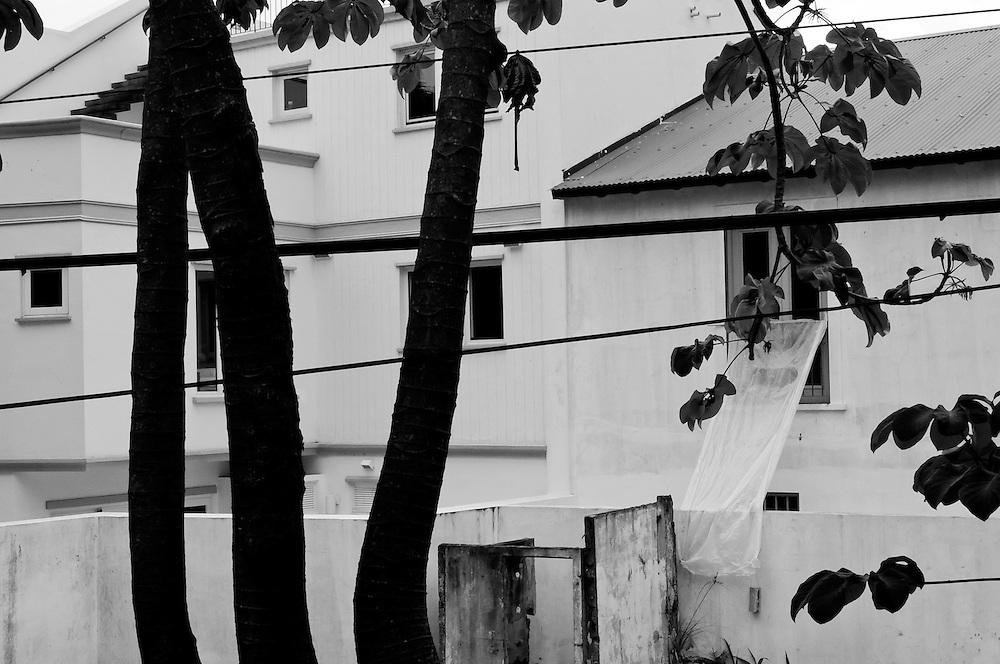DESDE EL AUTOEXILIO<br /> Photography by Aaron Sosa<br /> Panama City - Panama 2012