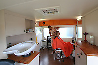 schnipp schnapp scissors palace downtown kuaotunu creative organic hair dressing in a funky caravan by the sea