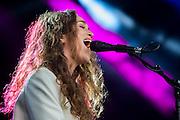 Rae Morris plays the park stage. The 2015 Glastonbury Festival, Worthy Farm, Glastonbury.