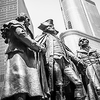 Black and white photo of George Washington, Robert Morris, Hyam Salomon Memorial monument statue in downtown Chicago
