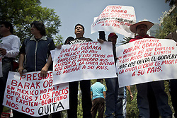 59596923.Mexicans participate in a protest as part of the Mesoamerican Migrant Movement in front of the headquarters of the U.S. Embassy in Mexico City, capital of Mexico, on May 2, 2013. U.S. President Barack Obama on Thursday kicked off a visit to Mexico and Costa Rica, with focus expected to be on trade, energy, security, as well as immigration issues, on May 2, 2013, May 3, 2013. Photo by: imago / i-Images. UK ONLY