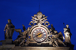 Clock at St Peter & Santa Croce, Vaticano, Rome, Italy, Europe, on April 7, 2005. (Photo by Vid Ponikvar / Sportal Images)