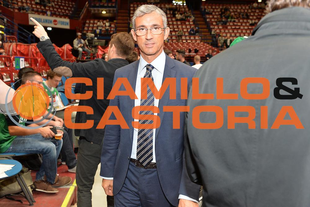 DESCRIZIONE : Milano NBA Global Games EA7 Olimpia Milano - Boston Celtics<br /> GIOCATORE : Fernando Marino<br /> CATEGORIA : Presidente <br /> SQUADRA :  Olimpia EA7 Emporio Armani Milano<br /> EVENTO : NBA Global Games 2016 <br /> GARA : NBA Global Games EA7 Olimpia Milano - Boston Celtics<br /> DATA : 06/10/2015 <br /> SPORT : Pallacanestro <br /> AUTORE : Agenzia Ciamillo-Castoria/IvanMancini<br /> Galleria : NBA Global Games 2016 Fotonotizia : NBA Global Games EA7 Olimpia Milano - Boston Celtics