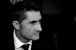 October 8, 2018 - Valencia, Valencia, Spain - Ernestro Valverde during the week 8 of La Liga match between Valencia CF and FC Barcelona at Mestalla Stadium in Valencia, Spain on October 7, 2018..(Editors note: this image has been converted to black and white) (Credit Image: © Jose Breton/NurPhoto/ZUMA Press)