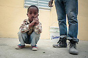 Habitat for Humanity NGO program in San Juan de la Maguana, Dominican Republic, helps families without resources providing them with low interest loans to build new modular houses. Students and new owners help in construction and the materials used are very basic and standarized, to achieve a new house in four days with very low costs. Editorial and Commercial Photographer based in Valencia, Spain | Portraits, Hospitality, News, Sports, Media Coverage for Events