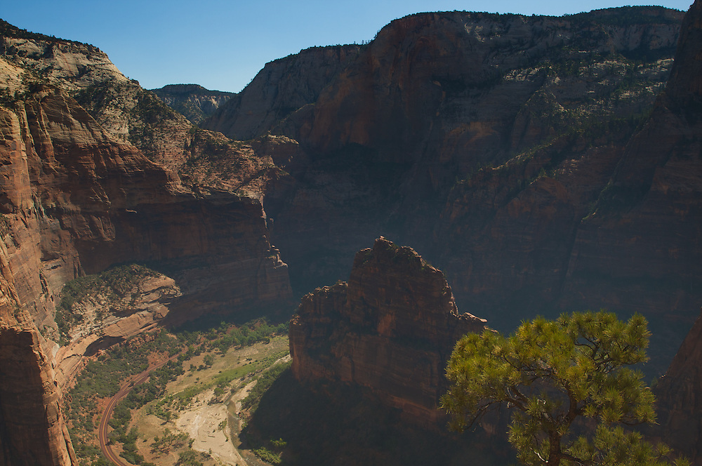 A view of Angel's Landing and Zion Canyon from Observation Point Trail, Zion NAtional Park
