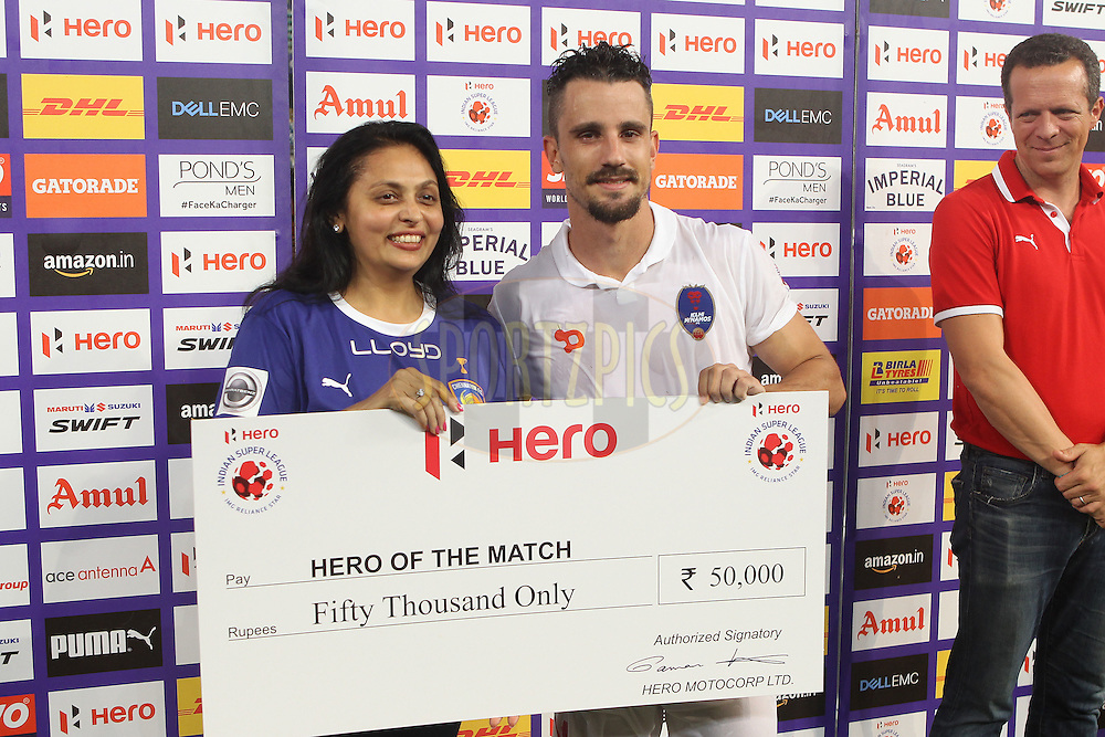 Marcelo Leite Pereira of Delhi Dynamos FC receives the hero of the match award  during match 6 of the Indian Super League (ISL) season 3 between Chennaiyin FC and Delhi Dynamos FC held at the Jawaharlal Nehru Stadium in Chennai, India on the 6th October 2016.<br /> <br /> Photo by Ron Gaunt / ISL/ SPORTZPICS