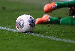 Football: Germany, 1. Bundesliga<br /> Ball und Beine, ball, leg, legs, Linie, line, Markierung, Seitenlinie, Aussenlienie, Begrenzung,