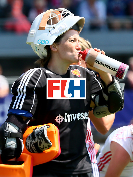 THE HAGUE - Rabobank Hockey World Cup 2014 - 2014-06-01 - WOMEN - England - USA - MAddie Hinch<br /> Copyright: Willem Vernes