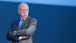 20.04.2016, Messe Essen, Essen, GER, Hauptversammlung RWE AG, im Bild Dr. Dieter Zetsche (Mitglied im Aufsichtsrat der RWE AG, Vorsitzender des Vorstands der Daimler AG) // during the annual general meeting of RWE AG at the Messe Essen in Essen, Germany on 2016/04/20. EXPA Pictures © 2016, PhotoCredit: EXPA/ Eibner-Pressefoto/ Deutzmann<br /> <br /> *****ATTENTION - OUT of GER*****