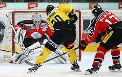 01.11.2013, Albert Schultz Eishalle, Wien, AUT, EBEL, UPC Vienna Capitals vs HC Orli Znojmo, 32. Runde, im Bild Sasu Hovi, (HC Orli Znojmo, #1), Marcus Olsson, (UPC Vienna Capitals, #20) und Zdenek Blatny, (HC Orli Znojmo, #13) // during the Erste Bank Icehockey League 32nd Round match between UPC Vienna Capitals and HC Orli Znojmo at the Albert Schultz Ice Arena, Vienna, Austria on 2013/11/01. EXPA Pictures © 2013, PhotoCredit: EXPA/ Thomas Haumer