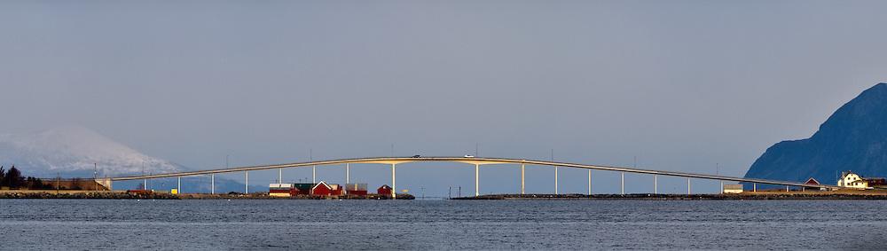 Remøy bridge | Remøybrua i Nørdre Vaulen
