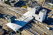 Nederland, Utrecht, Gemeente Utrecht, 30-09-2015;  Ontwikkeling van het Stationsgebied Utrecht - CU2030. Nieuwe overkapping van het Centraal Station en het Stadskantoor.<br /> Developement of the new Station Area Utrecht with Central Station and City office.<br /> luchtfoto (toeslag op standard tarieven);<br /> aerial photo (additional fee required);<br /> copyright foto/photo Siebe Swart