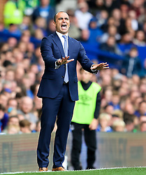 Everton Manager, Roberto Martinez gestures to his players - Mandatory byline: Matt McNulty/JMP - 07966386802 - 12/09/2015 - FOOTBALL - Goodison Park -Everton,England - Everton v Chelsea - Barclays Premier League
